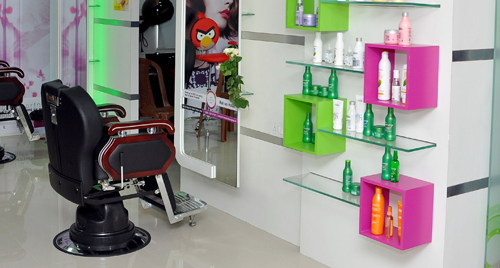 Green Trends Unisex Hair & Style Salon